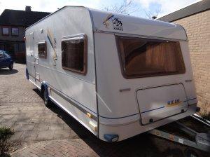 caravan-extra-breed-voorkant